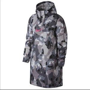 cdb06dfb0818 Women s Nike Packable Jacket on Poshmark